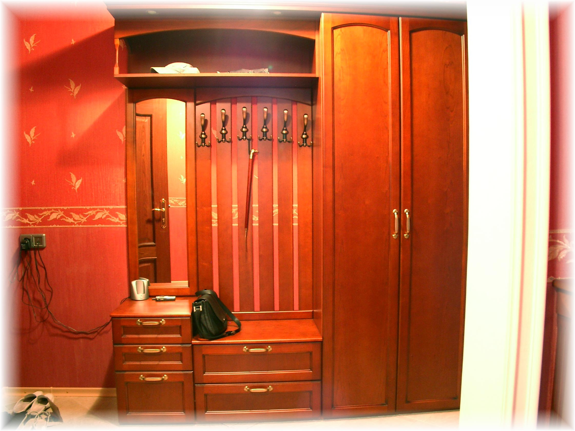 Шкафы и гардеробные.